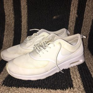 Nike Air Thea Size 9.5